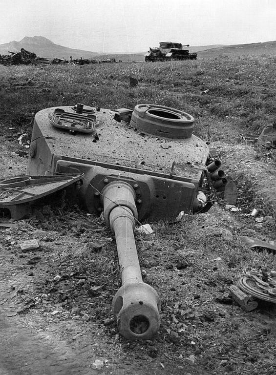 7729 - Achtung Panzer!