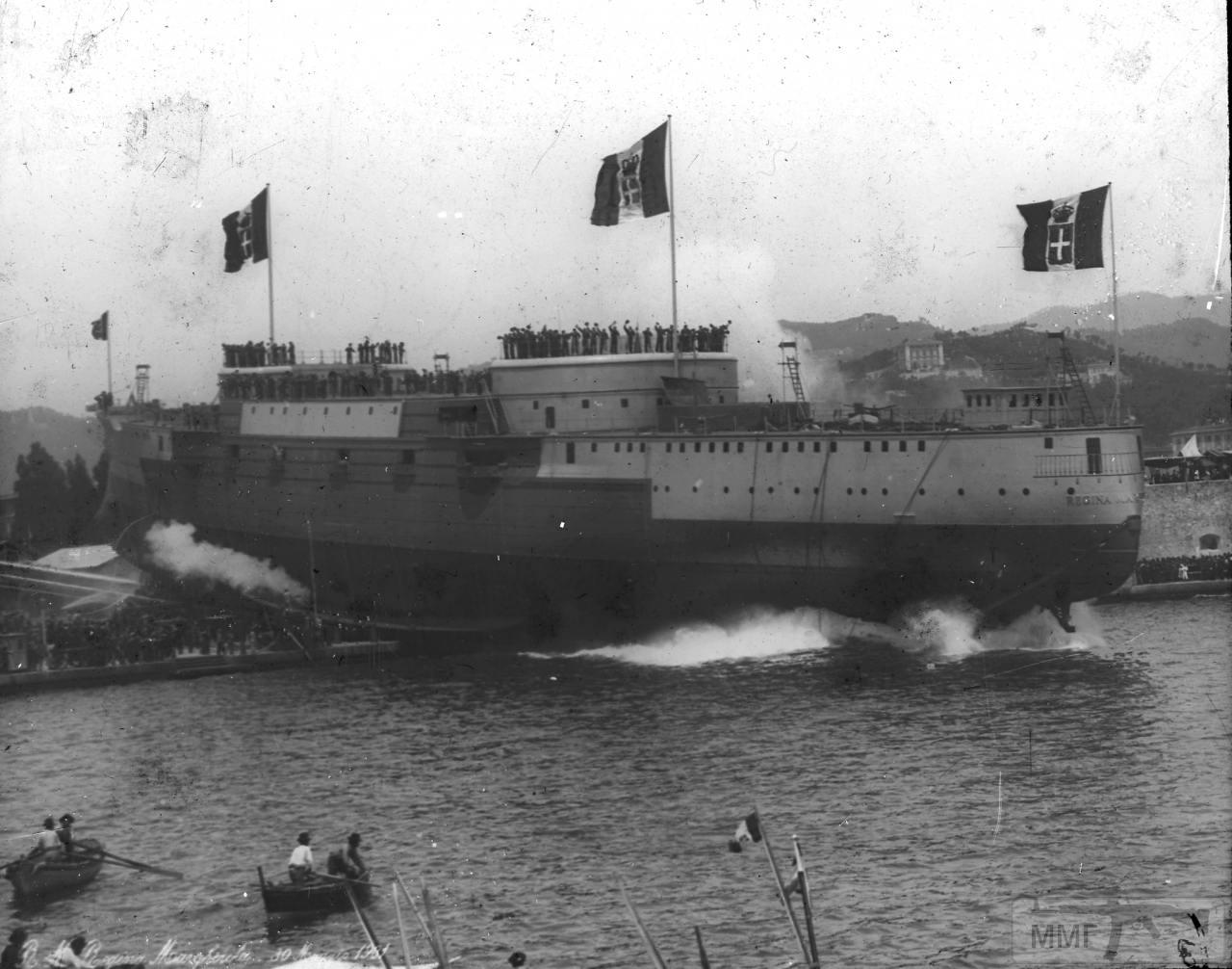 77796 - Спуск на воду броненосца Regina Margherita на верфи в Специи, 30 мая 1901 г.