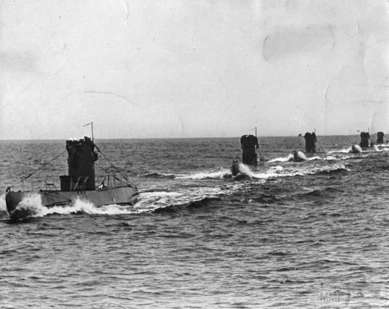 77895 - Волчьи Стаи - Германские подводные лодки двух мировых войн