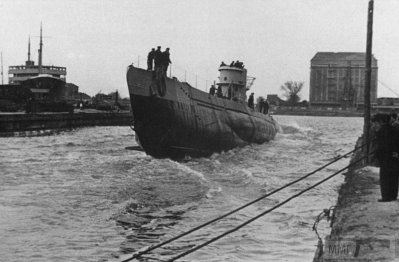 77949 - Волчьи Стаи - Германские подводные лодки двух мировых войн