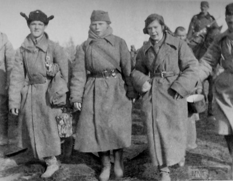 78681 - Женщины в плену.