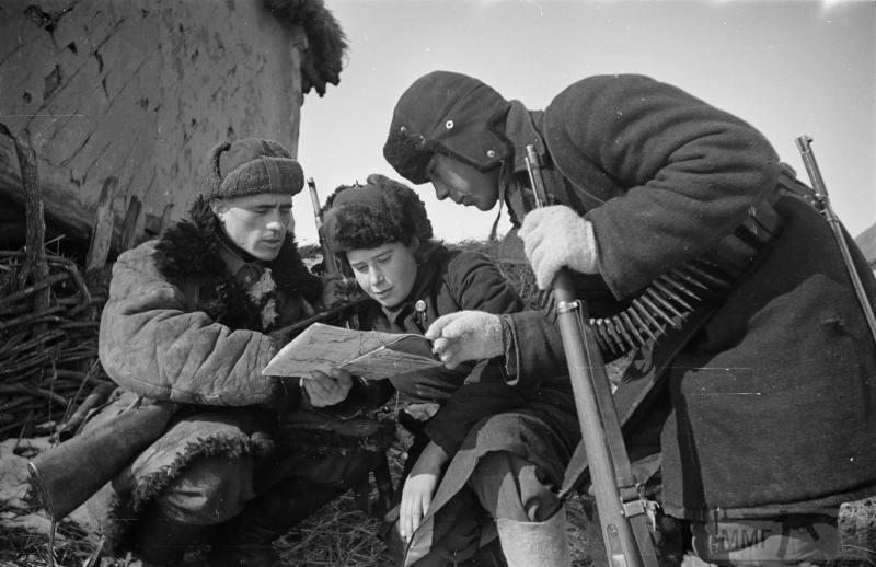 79391 - Женщины на войне.