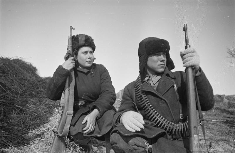 79392 - Женщины на войне.