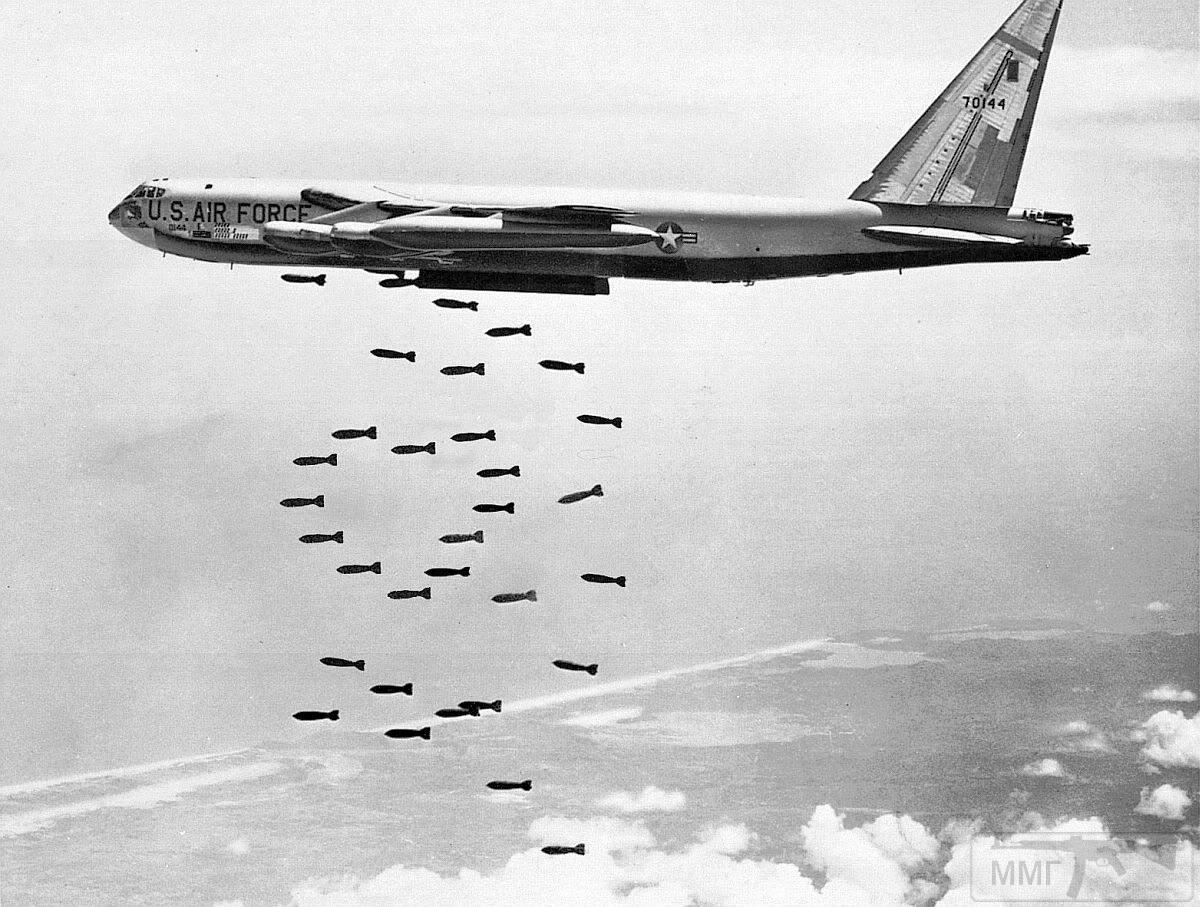 80820 - Бомбардировки Северного Вьетнама