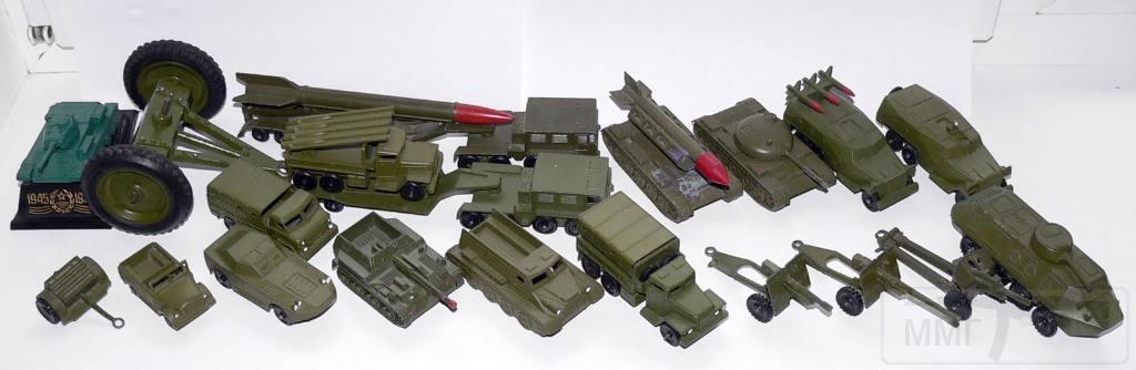8111 - А у вас были такие игрушки?