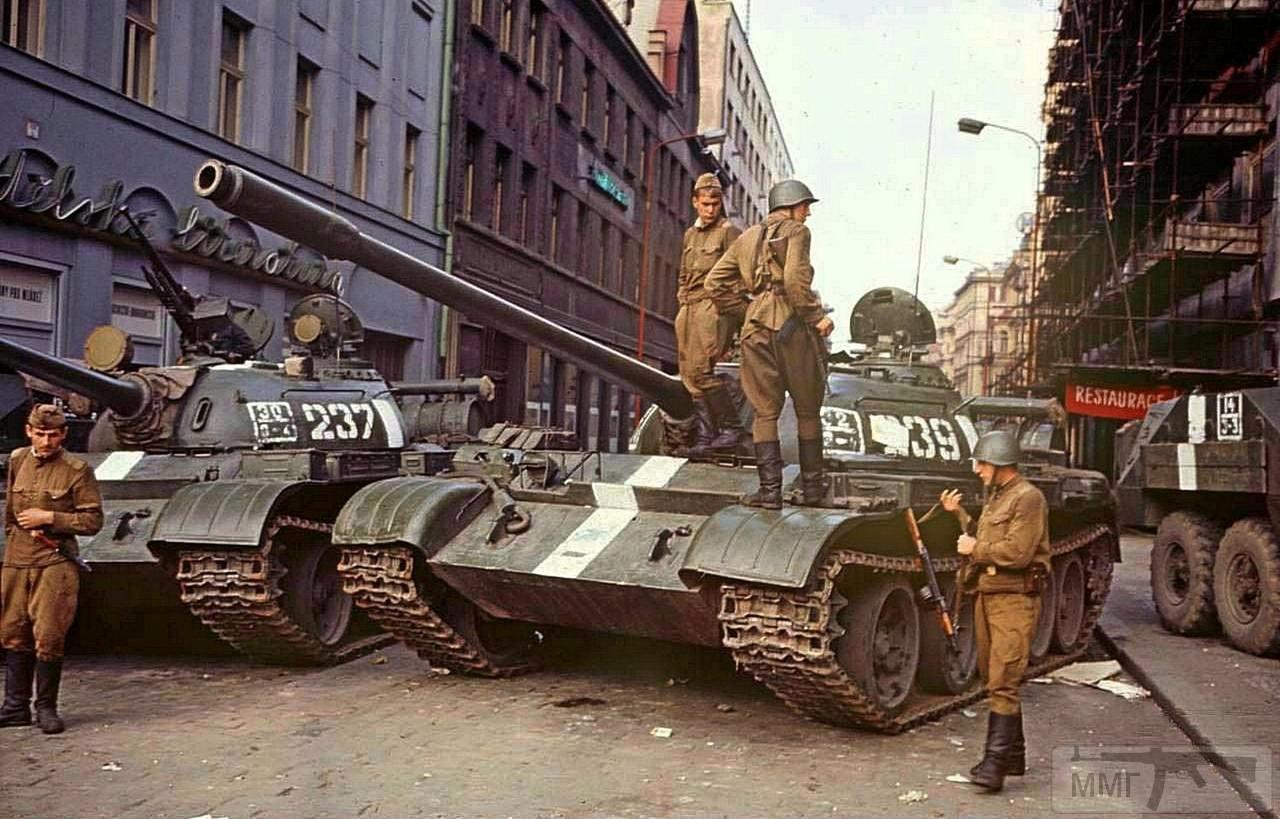 82032 - Прага-1968