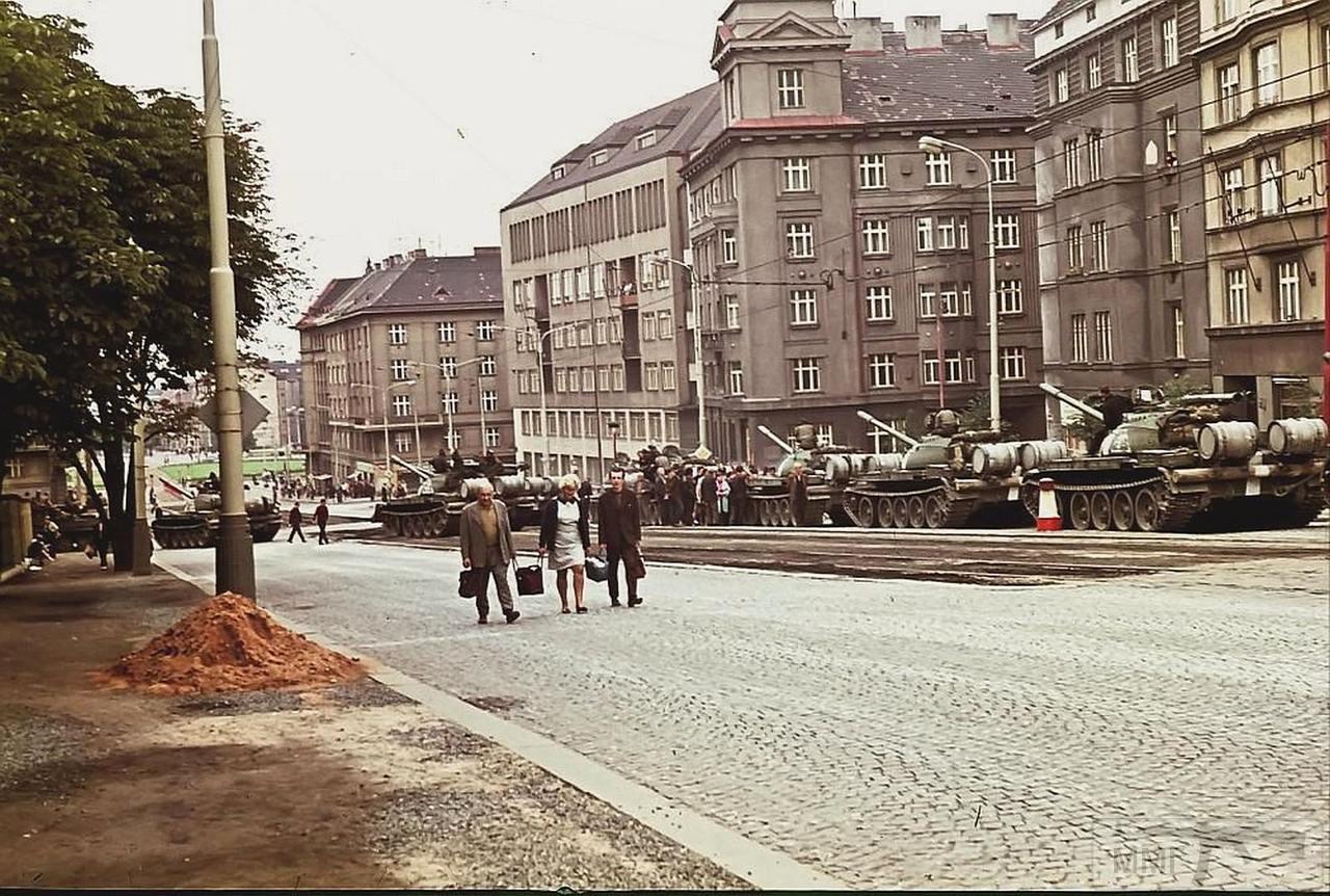 82034 - Прага-1968