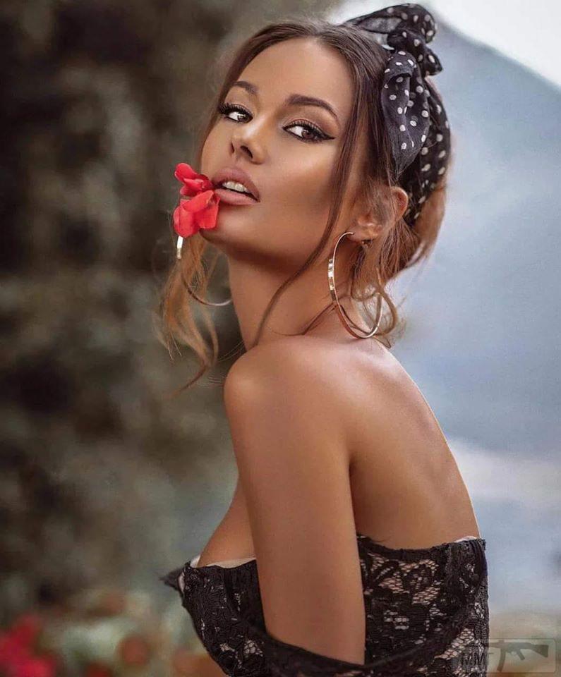 82901 - Красивые женщины