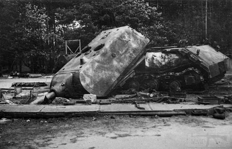 8461 - Немецкий сверхтяжёлый танк Pz.Kpfw.Maus