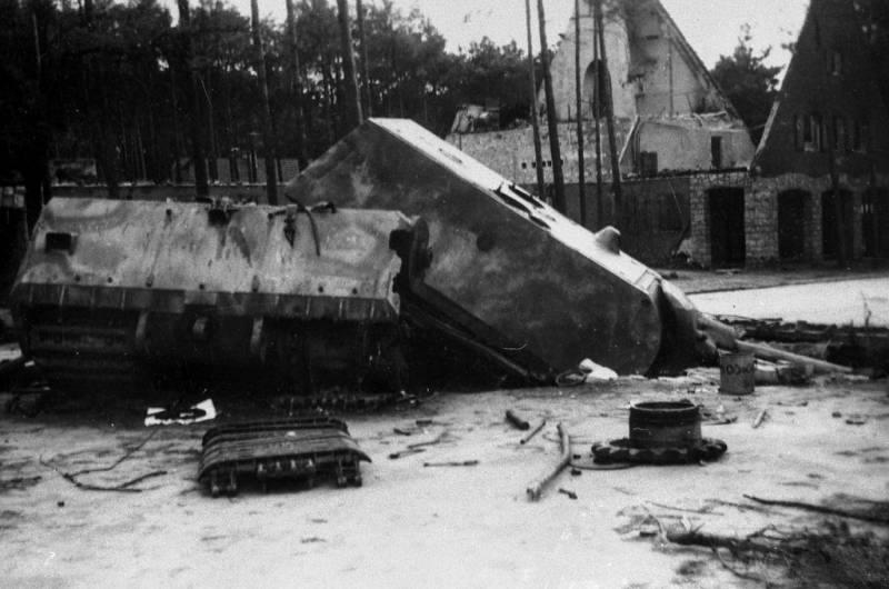 8462 - Немецкий сверхтяжёлый танк Pz.Kpfw.Maus