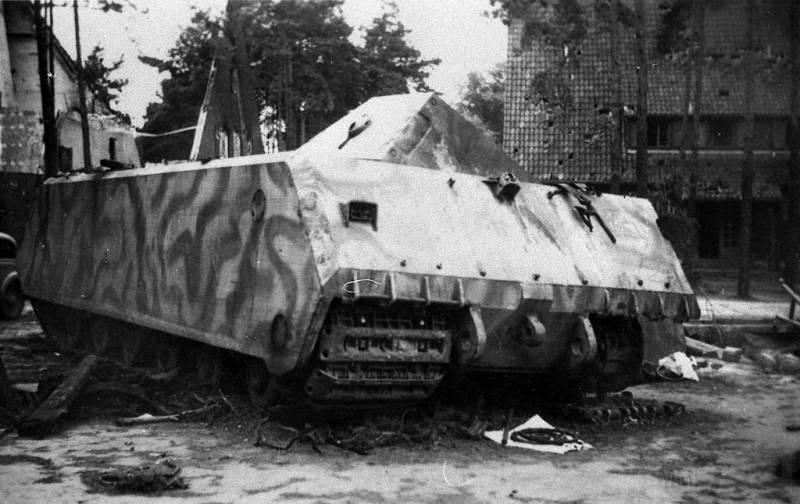 8464 - Немецкий сверхтяжёлый танк Pz.Kpfw.Maus