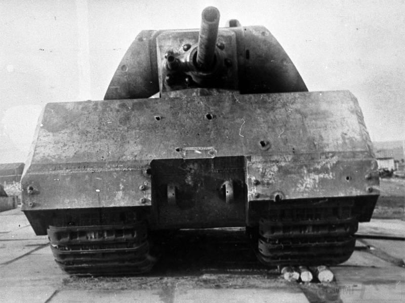 8476 - Немецкий сверхтяжёлый танк Pz.Kpfw.Maus