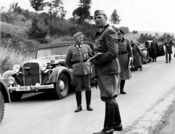 8487 - Легковые автомобили Третьего рейха