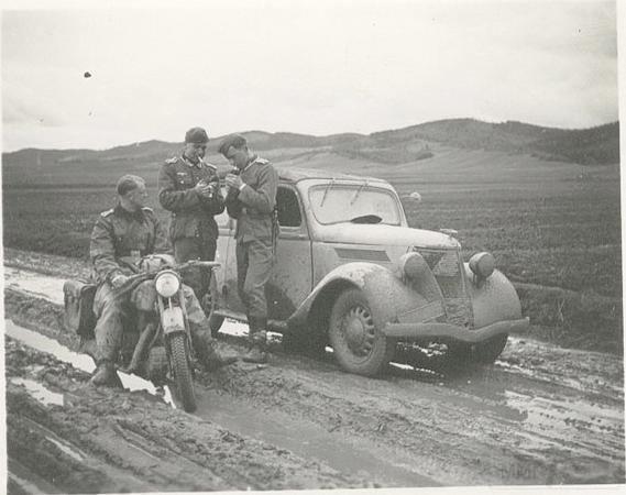 8488 - Легковые автомобили Третьего рейха