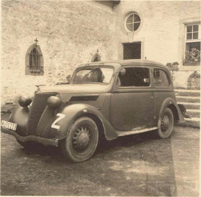 8489 - Легковые автомобили Третьего рейха