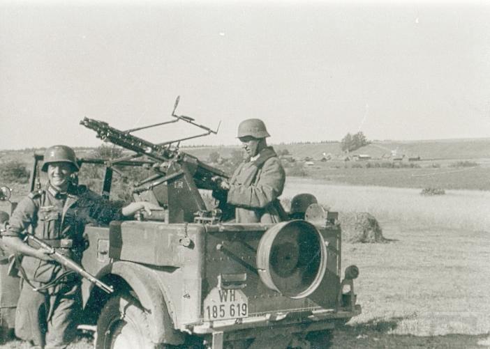 8495 - Грузовые и спец.автомобили Третьего рейха