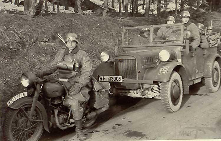8496 - Грузовые и спец.автомобили Третьего рейха