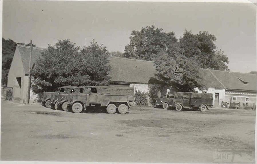 8498 - Грузовые и спец.автомобили Третьего рейха