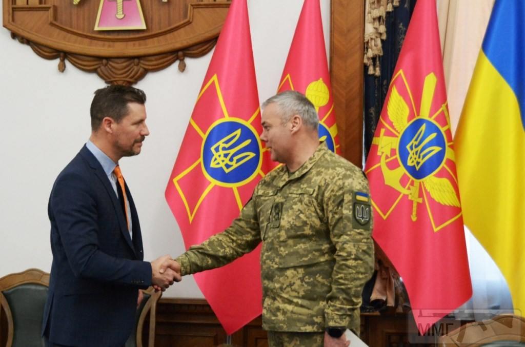 84982 - Реалії ЗС України: позитивні та негативні нюанси.