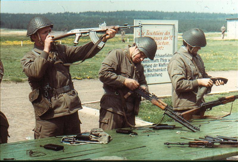 8597 - Короткий ролик - тема о ГДР