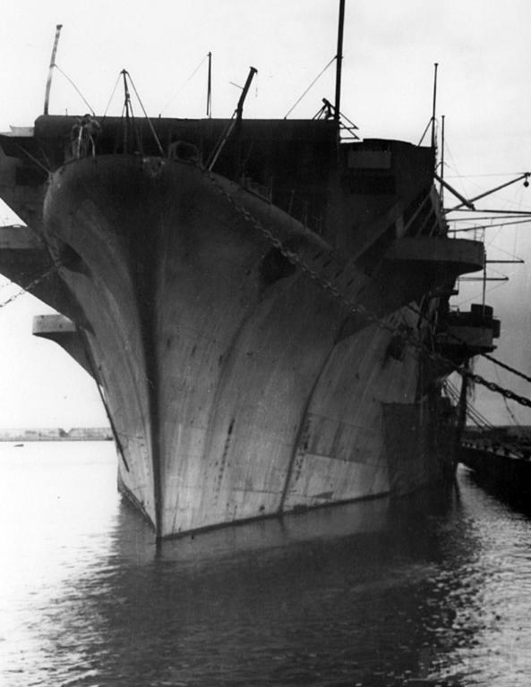 8697 - Aquila, 1946, Genova