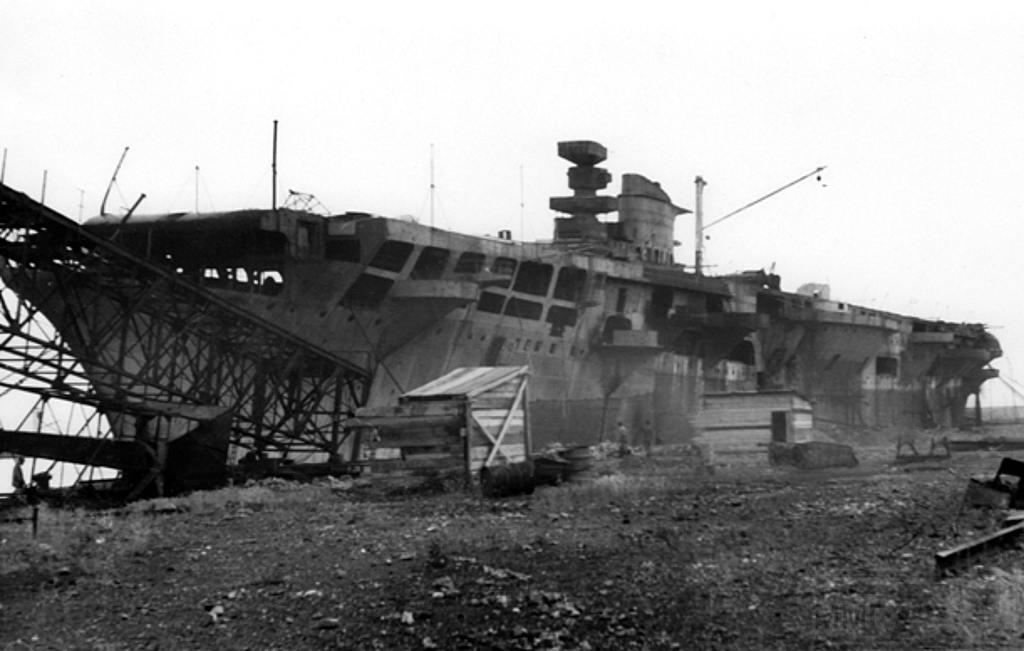 8698 - Aquila, 1946, Genova