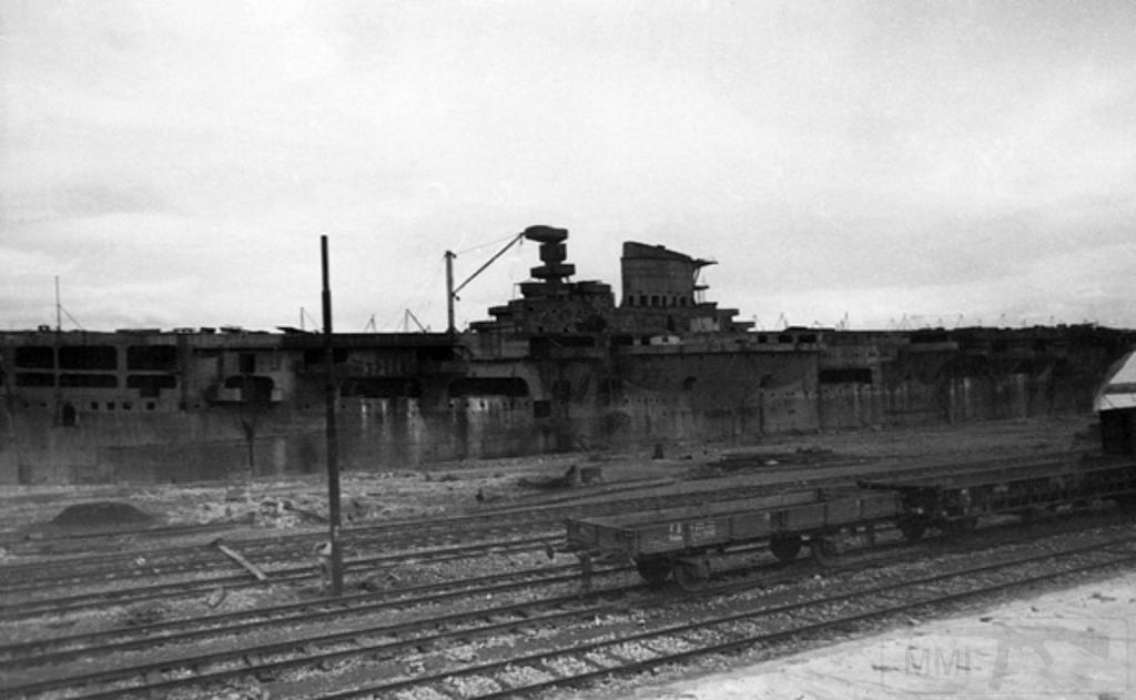 8699 - Aquila, 1946, Genova