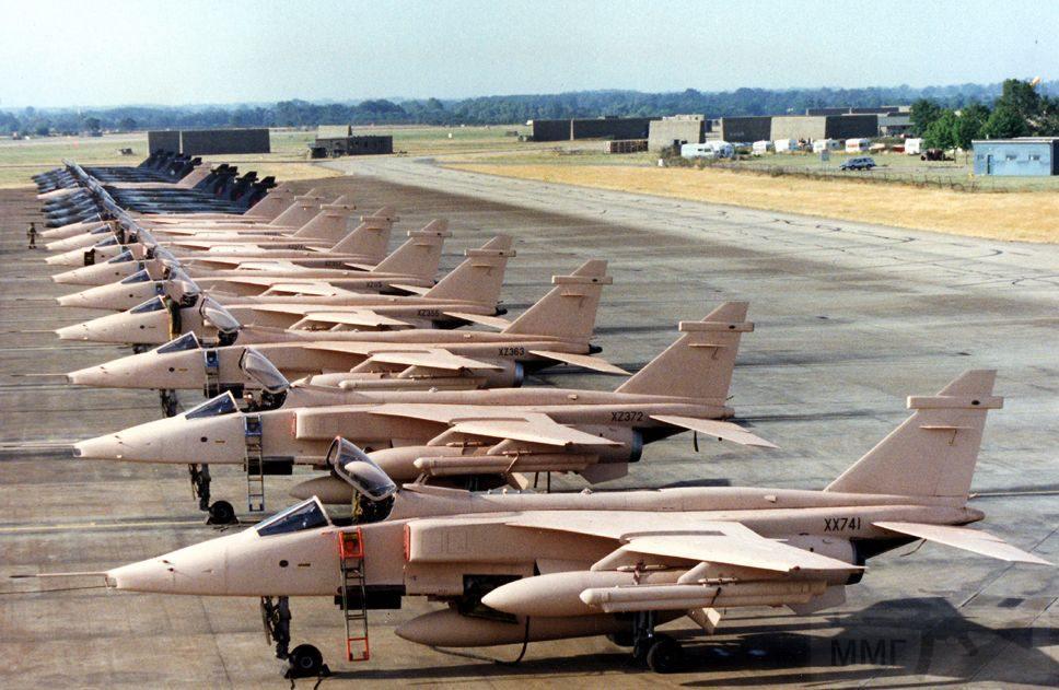 """8730 - Британские самолеты Jaguar GR-1A в операции """"Буря в пустыне"""" 1991 г."""