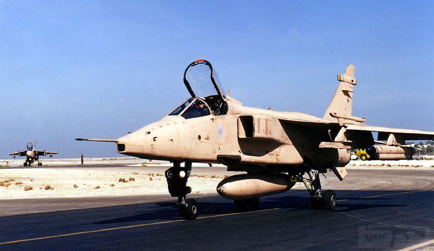 """8737 - Британские самолеты Jaguar GR-1A в операции """"Буря в пустыне"""" 1991 г."""
