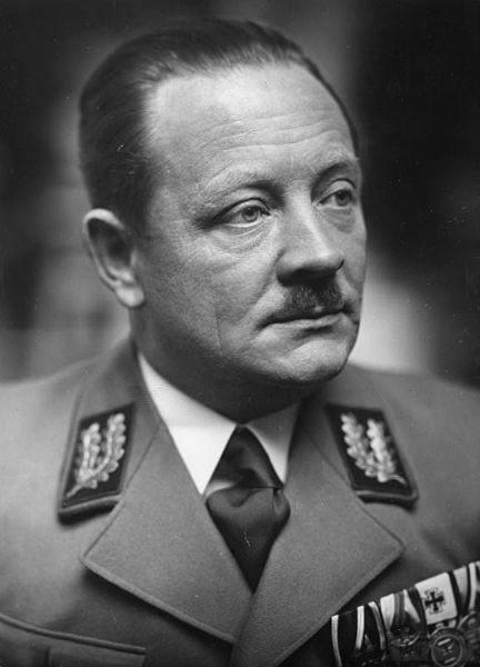 8751 - Reichkommisar Erich Koch