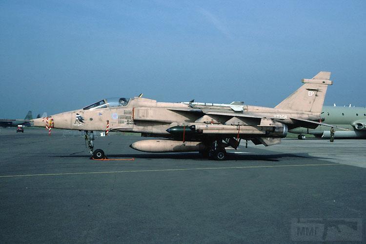 """8758 - Британские самолеты Jaguar GR-1A в операции """"Буря в пустыне"""" 1991 г."""