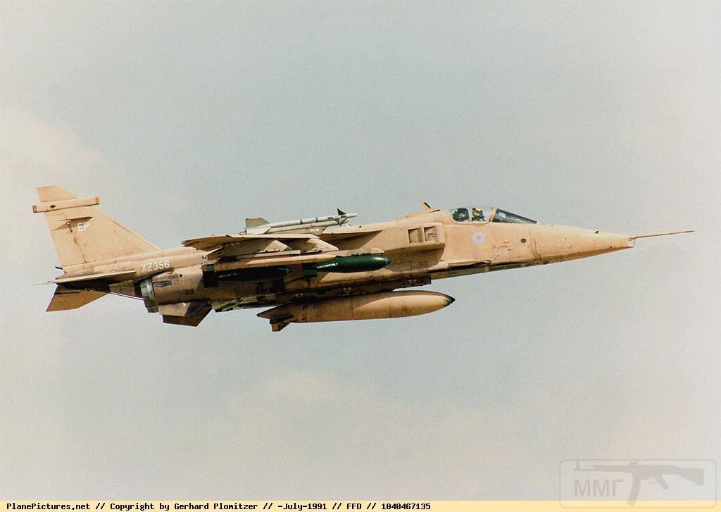 """8759 - Британские самолеты Jaguar GR-1A в операции """"Буря в пустыне"""" 1991 г."""