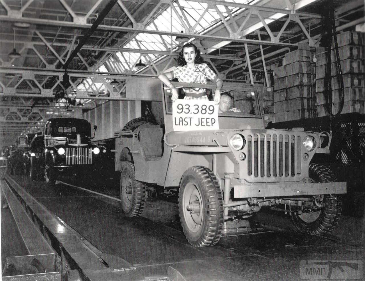 87713 - «Willys МВ» как один из символов войны.