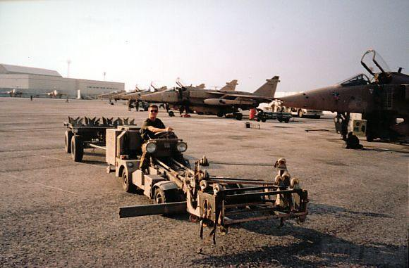 """8785 - Британские самолеты Jaguar GR-1A в операции """"Буря в пустыне"""" 1991 г."""