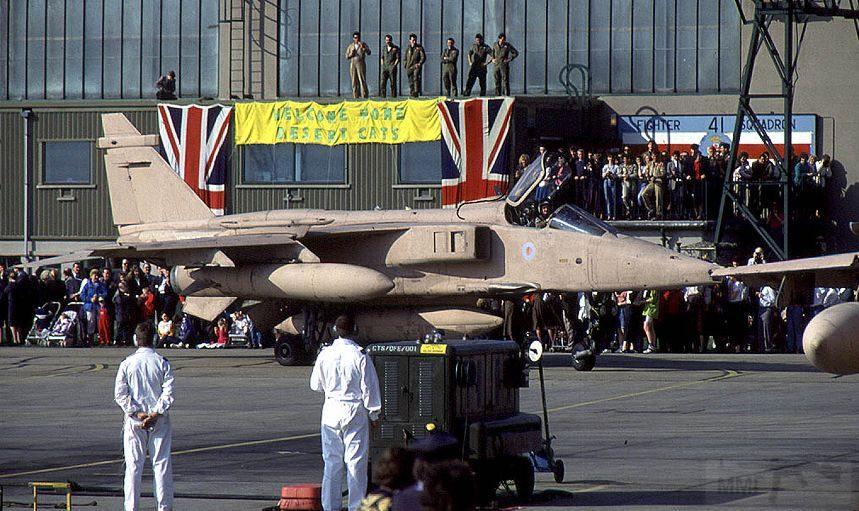 """8799 - Британские самолеты Jaguar GR-1A в операции """"Буря в пустыне"""" 1991 г."""