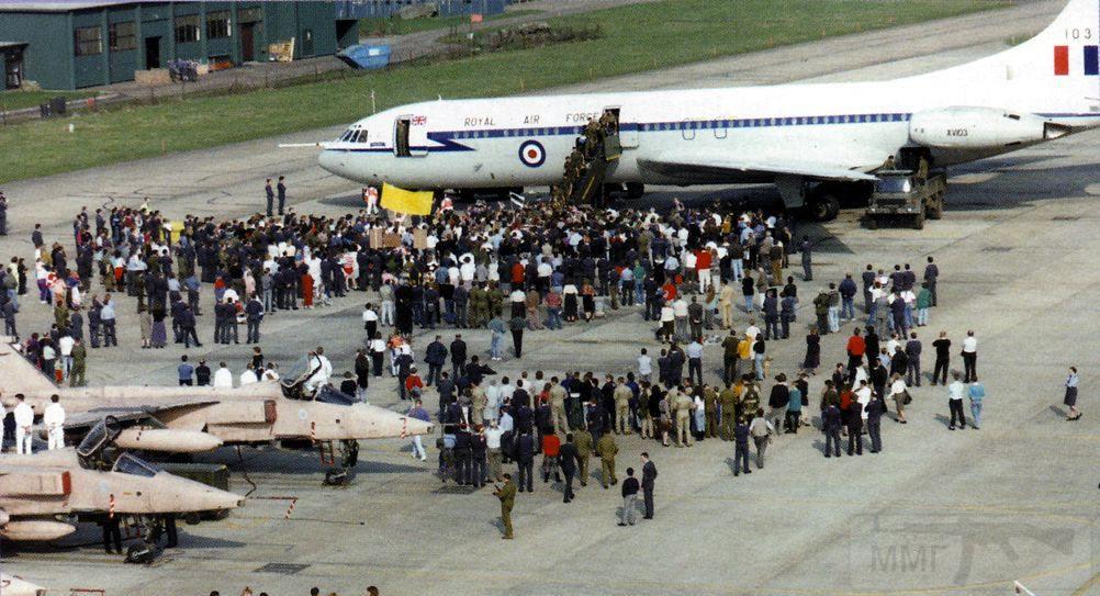 """8800 - Британские самолеты Jaguar GR-1A в операции """"Буря в пустыне"""" 1991 г."""