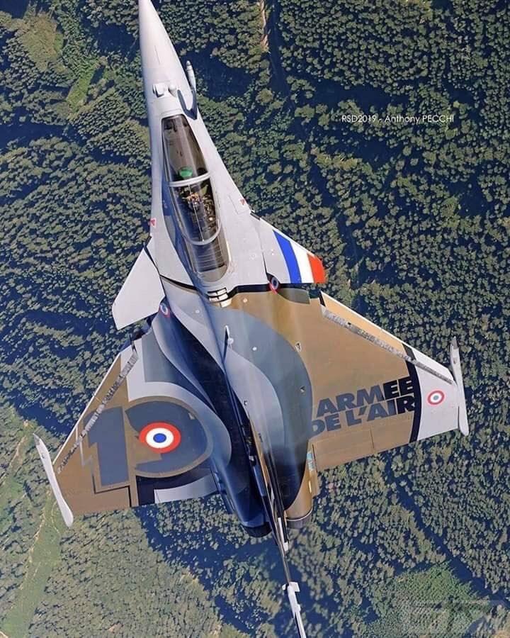 88032 - Красивые фото и видео боевых самолетов и вертолетов