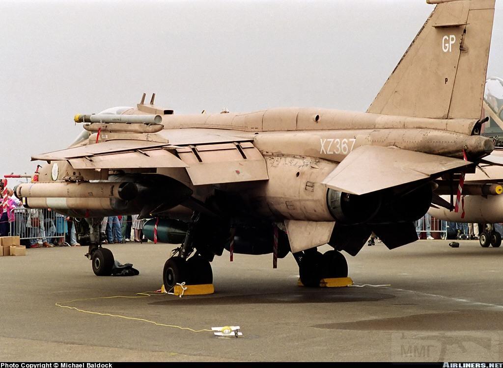"""8825 - Британские самолеты Jaguar GR-1A в операции """"Буря в пустыне"""" 1991 г."""