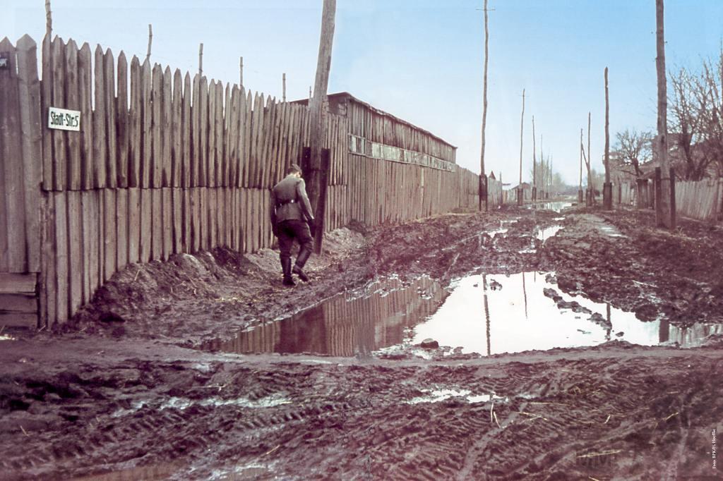 8905 - Оккупированная Украина в фотографиях