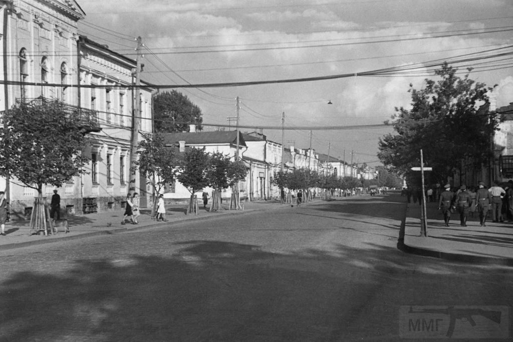 8912 - Оккупированная Украина в фотографиях