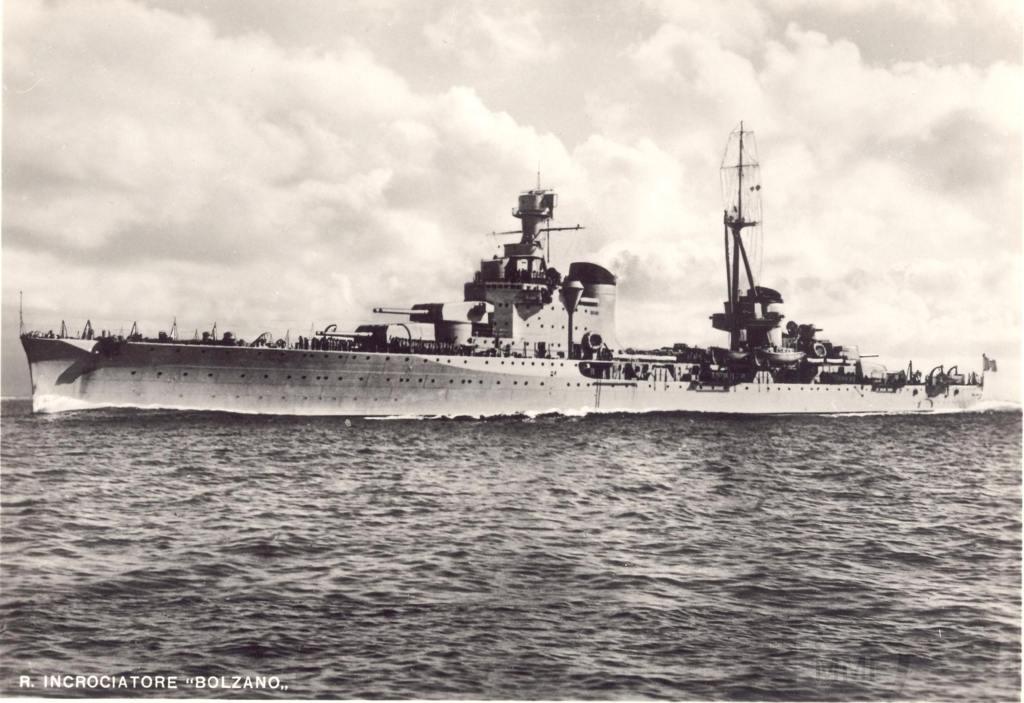 8948 - Italian heavy cruiser Bolzano
