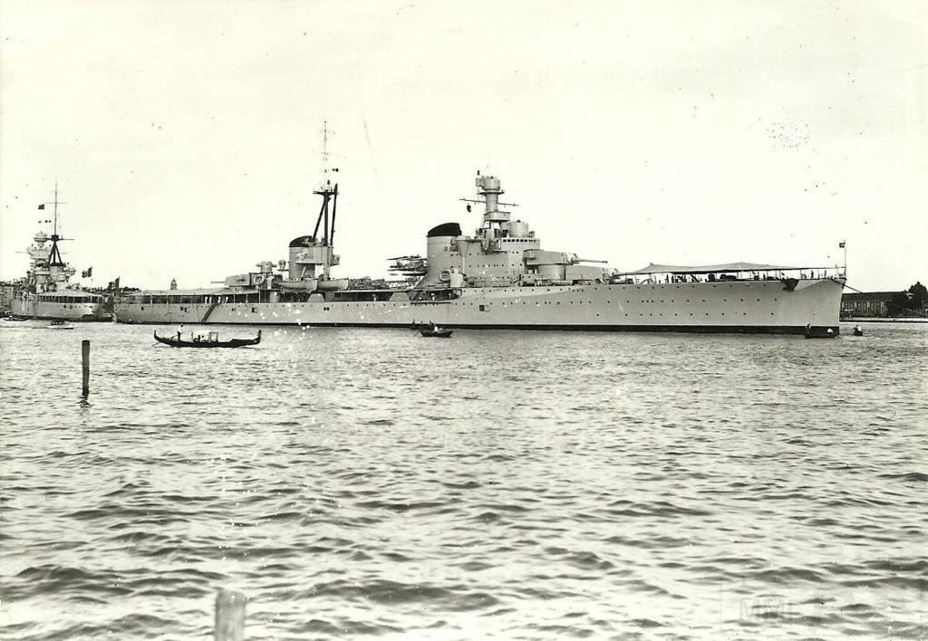 8950 - Italian heavy cruiser Bolzano