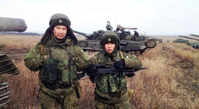 8973 - Азиатские реконструкторы