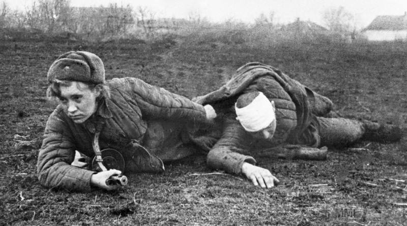 91191 - Женщины на войне.