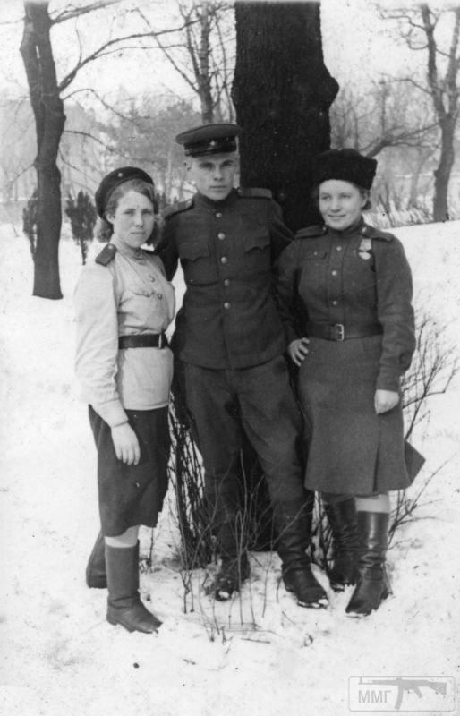 91192 - Женщины на войне.
