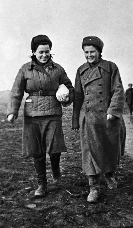 91646 - Женщины на войне.
