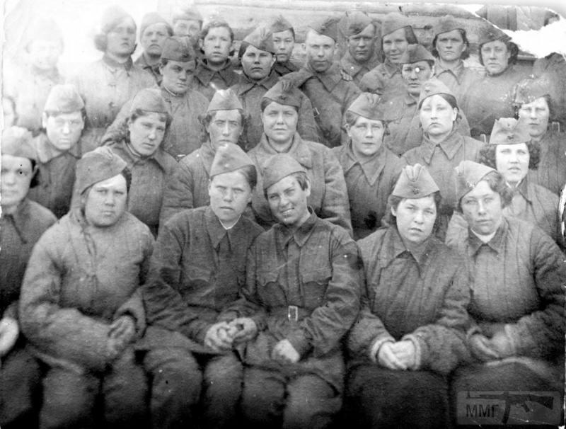 91851 - Женщины на войне.