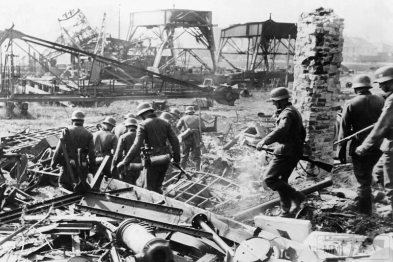 92457 - Раздел Польши и Польская кампания 1939 г.