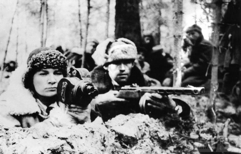92462 - Женщины на войне.