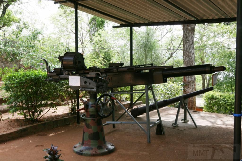 9261 - Корабельные пушки-монстры в музеях и во дворах...